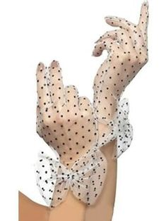 Ladies Black Polka Dot Spotty White Gloves With Bow Madonna Fancy Dress Polka Dot Gloves, Gants Vintage, Vintage Outfits, Vintage Fashion, Vintage Gloves, Vintage Purses, White Gloves, Green Gloves, Lace Gloves