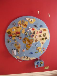 Wall Globe an interactive globe - this is so incredible! don't know if I'd have the patience to make it myself thoughan interactive globe - this is so incredible! Interactive Globe, Interactive Learning, Unique Maps, Nursery Wall Art, Nursery Room, Themed Nursery, Child's Room, Felt Crafts, Cork Crafts