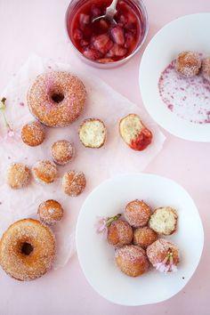 cherry blossom doughnuts @Ivana Wang