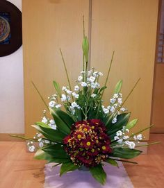 Tips On Sending The Perfect Arrangement Of Flowers – Ideas For Great Gardens Alter Flowers, Church Flowers, Amazing Flowers, Church Flower Arrangements, Beautiful Flower Arrangements, Floral Arrangements, Altar Decorations, Flower Decorations, Flower Crown