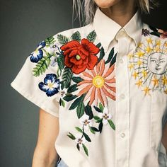 Grand Sewing Embroidery Designs At Home Ideas. Beauteous Finished Sewing Embroidery Designs At Home Ideas. Embroidery Dress, Embroidery Stitches, Embroidery Patterns, Hand Embroidery, Embroidery Fashion, Sewing Patterns, Tessa Perlow, Embroidered Clothes, Embroidered Blouse