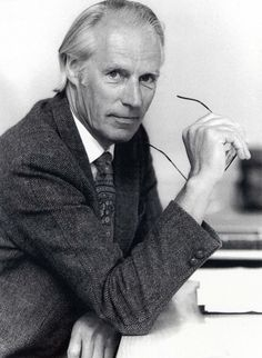 Sir George Martin, le producteur des Beatles yes sir--reee a great fellow he is