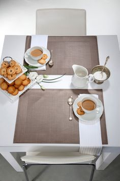 Silvertex placematts Mocca color
