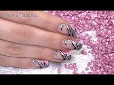 #video #nailart #uv-gel #thermo Mit den Thermo Farbgelen verleihst Du Deinen Nägeln ein bezauberndes Wechselspiel der Farben. Bei Wärmeeinwirkung verändern die Gele ihre Grundfarbe, so dass tolle Farbverläufe entstehen. In diesem Video zeigen wir Dir, wie Du ein effektvolles Design mit Hinguck-Garantie erstellen kannst. Hier findest Du alle Produkte: http://www.prettynailshop24.de/shop/nailart-bezauberndes-farbenspiel-video_313.html#Produkte
