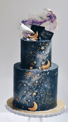 Celestial wedding cake, Moon & stars on Two tier dark blue wedding cake Beautiful . - Celestial wedding cake, Moon & stars on Two tier dark blue wedding cake Beautiful wedding cake, wed - Pretty Wedding Cakes, Wedding Cake Designs, Pretty Cakes, Cute Cakes, Beautiful Cakes, Amazing Cakes, Cake Wedding, Star Wedding, Moon Wedding