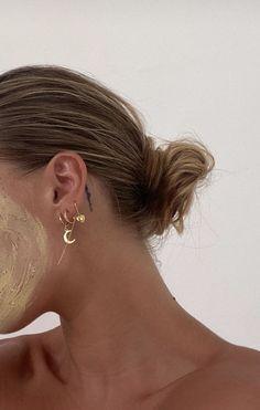 Ear Cuff Rose Gold Non-pierced Cartilage Wrap Earring Fake Conch No Piercing Cuff Earring Simple Earcuff Faux Pierced Double Round EDRWRGF - Custom Jewelry Ideas Ear Jewelry, Cute Jewelry, Jewelry Accessories, Jewellery, Hipster Accessories, Tiffany And Co Bracelet, Bodysuit Tattoos, Tiffany Und Co Armband, Cute Ear Piercings