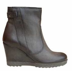 Collections - Sole Addiction - Designer Shoes, Handbags and Accessories Online Designer Shoes, Wedges, Handbags, Boots, Accessories, Collection, Fashion, Crotch Boots, Moda