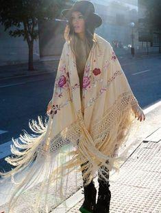 wildbindi: Rose Fringe Kimono