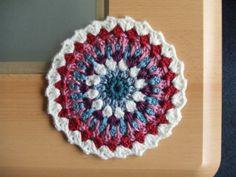My world of crochet: Mini-Mandalas