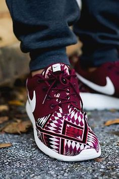 Fashionable and Fit, what a combo... Love these Marsala printed sneakers, best yet! Take these over the neon any day-