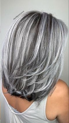Medium Hair Styles, Short Hair Styles, Silver Hair Styles, Silver Hair Colors, Grey Hair Transformation, Gray Hair Highlights, Grey Hair Lowlights, Grey Hair Inspiration, Silver Blonde Hair