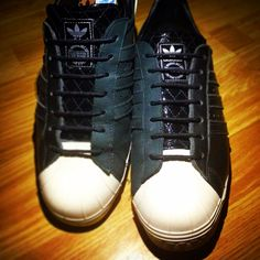 db1c32b30416c4 superstar adidas lgbt shoes is harry styles dating louis tomlinson