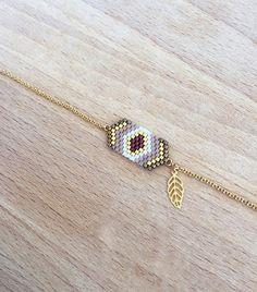 Bracelet Automne Géométrique Perles Tissées et Petite Feuille Plaqué Or 16k