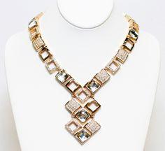 Funky meets fabulous in this necklace MADE WITH SWAROVSKI ELEMENTS by MMCrystal! 120202-N3 Swarovski, Canada, Jewelry, Fashion, Moda, Jewels, Fashion Styles, Schmuck, Jewerly