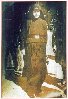 myorthodoxsite: Η «Μάνα των πονεμένων» που ανακάλυψε το σκήνωμα το... Christian Church, Christian Faith, Miséricorde Divine, Houses Of The Holy, Orthodox Christianity, Saints, Spirituality, Nun, Prayers