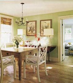 Shabby chic colors palette french country dining rooms New ideas Green Dining Room, Dining Room Paint, Dining Room Colors, Green Rooms, Dining Room Furniture, Green Walls, Mint Walls, Dining Chairs, French Country Dining