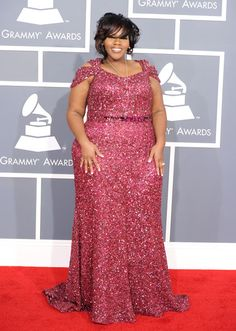 Kelly Price...she is so pretty. Absolute proof positive that if you know your body you can look and feel confident. Wear what you love!