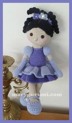 Amigurumi, Poupée au crochet, joséphine Plus - angela. Crochet Doll Tutorial, Crochet Doll Pattern, Crochet Motif, Crochet Doll Clothes, Knitted Dolls, Crochet Dolls, Cute Crochet, Crochet Baby, Knit Crochet