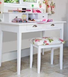 Cottage style writing desk or ladies dressing table. White painted furniture can be distressed or painted in your choice of colour. Ikea Vanity Table, Dresser Table, Vanity Desk, Table Desk, Diy Dressing Tables, Vintage Dressing Tables, Childrens Desk, White Painted Furniture, French Furniture
