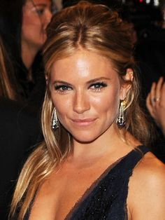 Sienna Miller - Blonde with Ginger Highlights