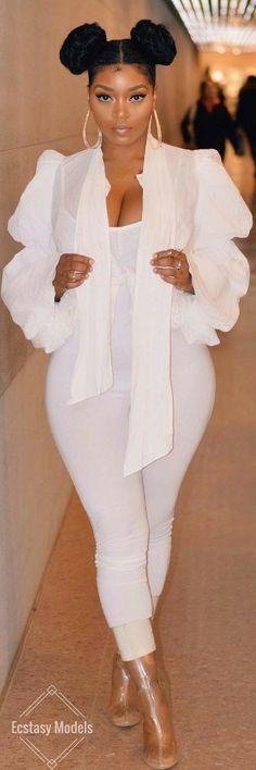 Afro Puffs // Fashion Look by @lasaina