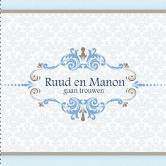 Modern vormgegeven trouwkaartje in barokstijl met sierlijke ornamenten embleem in de kleuren blauw en bruin.