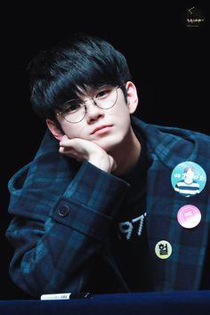 Reality Life REALITY Bound to be, Right Brain an… # Percintaan # amreading # books # wattpad Joon Hyuk, Lee Joon, Please Dont Hurt Me, Ong Seung Woo, Dancing King, Cute Korean Boys, My Big Love, Lee Daehwi, Kim Jaehwan