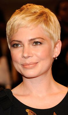 Pixie haircuts for fine hair and round face Find Your Perfect Haircut - click . Pixie haircuts for Pixie Cut Round Face, Pixie Haircut For Round Faces, Pixie Haircut Styles, Short Hair Cuts For Round Faces, Round Face Haircuts, Haircuts For Fine Hair, Short Pixie Haircuts, Older Women Hairstyles, Hairstyles For Round Faces