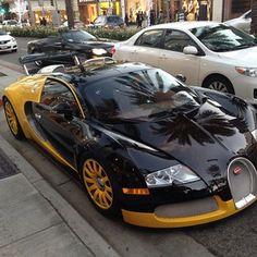 *Cool Bugatti Car