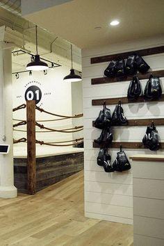 trendy home gym ideas boxing galleries Home Gym Decor, At Home Gym, Boxing Gym Design, Dojo, Kickboxing Gym, Muay Thai Gym, Sport Studio, Gym Setup, Mma Gym