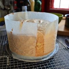 cum se lasa la racorit un blat de tort pufos cu vanilie Dessert Recipes, Desserts, Bread, Cakes, Food, Meal, Deserts, Essen, Hoods