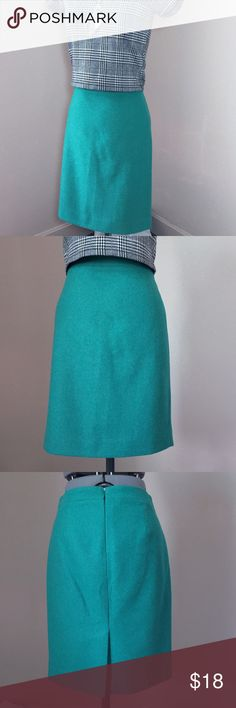 "🆕Listing: J. Crew Factory Green Wool Pencil Skirt J. Crew Factory Green Wool ""The Pencil Skirt"". In great condition. Size 0 measures flat: 14"" across waist, 18"" across hips, 21"" long, 6.5"" back slit. Fully lined with a back zip. 70% wool, 30% viscose. 414/500/041716 J. Crew Factory Skirts Pencil"