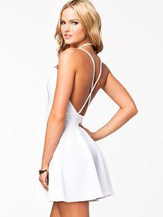 Keyhole Strappy Dress - Oh My Love - Wit - Feestjurken - Kleding - Vrouw - Nelly.com