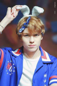Vernon Seventeen, Seventeen Debut, Woozi, Jeonghan, Rapper, Vernon Chwe, Hip Hop, Vernon Hansol, Choi Hansol