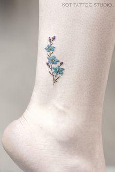 Tiny Flower Tattoos, Cute Tiny Tattoos, Dainty Tattoos, Little Tattoos, Symbolic Tattoos, Pretty Tattoos, Mini Tattoos, Beautiful Tattoos, Body Art Tattoos