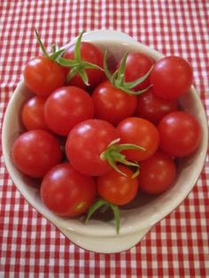 fresh picked cherry tomatoes - I can almost taste them
