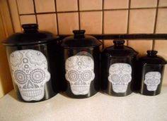 Skull canister set
