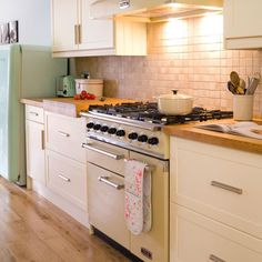 Buyer's guide to range cookers | Kitchen | BUYER'S GUIDE | Ideal Home | HousetoHome