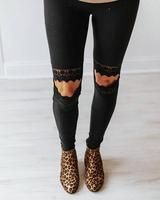 Encaje inserción recorte rodilla pantalones casuales Girl Outfits, Black Jeans, Shorts, Pants, Fashion, Casual Pants, Fashion Pants, Casual Wear Women, Cut Outs
