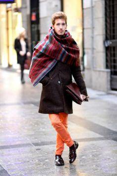 La blanket cape causas furor en el street style