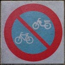 Verboden te parkeren voor fietsers en bromfietsers Chicago Cubs Logo, Team Logo, Logos, Prints, Sports, Netherlands, Google, Hs Sports, The Nederlands