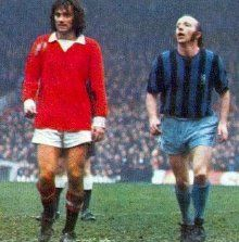 George Best and Nobby Stiles (Manchester United v. Middlesbrough) – My CMS British Football, Retro Football, Football Team, Manchester United Legends, Manchester United Football, Middlesbrough Fc, Nobby, England Football, Soccer Stars