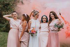Verspielter Look für die moderne Braut und ihre Mädels.  Zweiteiler im MIx Fit N Flare, Im Online, Bridesmaid Dresses, Wedding Dresses, Girl Gang, Outfits, Instagram, Fashion, Dresses For Wedding Guests