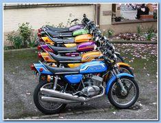 Kawasaki 500, Kawasaki Motorcycles, Cool Motorcycles, Vintage Motorcycles, Japanese Motorcycle, Retro Motorcycle, Motorcycle Types, Cafe Racer Motorcycle, Kawasaki Classic