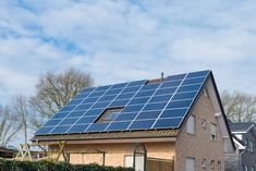 Aha: dààrom moet jij nu je zonnepanelen reinigen! Solar Panels, Outdoor Decor, Home Decor, Cleaning, Homemade Home Decor, Solar Panel Lights, Sun Panels, Decoration Home, Interior Decorating