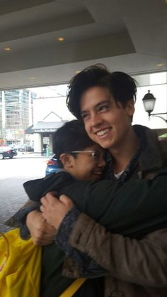 Cole Sprouse // can this be me one day @starrybeauty