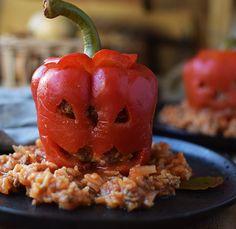 Gefüllte Paprika oder Tomaten mit Hack oder Vegetarisch - Das Knusperstübchen