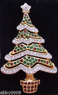 Signed-Swan-Swarovski-Red-Green-Clear-Pave-Crystal-Christmas-Tree-Brooch-Pin