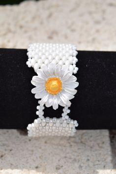 White Beaded Bracelet Superduo Bracelet Seed by BeadsOnAWireByLisa