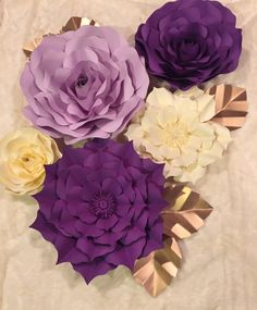 Large Paper Flower Backdrop/ Nursery Decor-Customize your